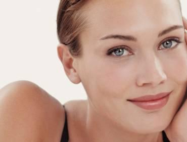 Cómo evitar las arrugas en el rostro